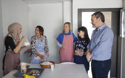 L'Alfàs apuesta un año más por un taller familiar de cocina multicultural en Semana Santa