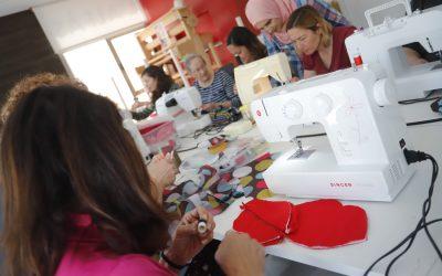 El próximo lunes se inicia el curso de costura creativa de Pangea en el Centro + Social de l'Alfàs