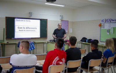 La Diputación de Alicante imparte un taller sobre integración y diversidad en el IES L'Arabí