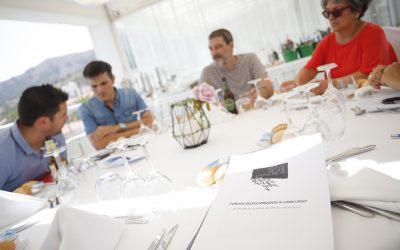 El jurado se reúne para deliberar los premios del concurso de cortos del 31 Festival de Cine de l'Alfàs