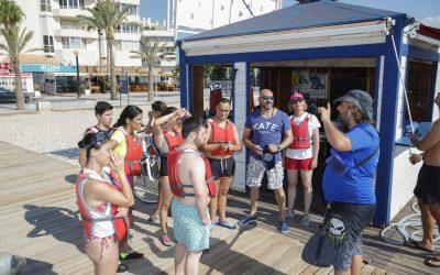 El Ayuntamiento de l'Alfàs organiza salidas en kayak para los jóvenes de APSA