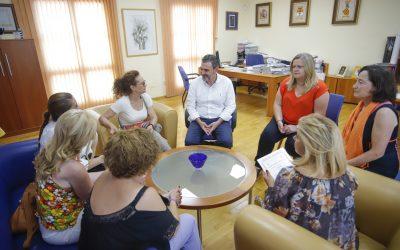 Finaliza el curso de auxiliar de geriatría que ha impartido la asociación Mujeres con Voz