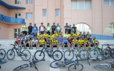 40 bikers han participado en la primera ruta nocturna organizada por la asociación Alfabike de ciclismo