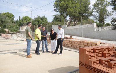 El Ayuntamiento de l'Alfàs acondicionará el entorno de las pistas de petanca del polideportivo municipal