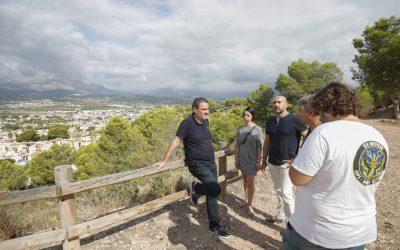 El Alcalde Vicente Arque ha visitado el Parque de la Cantera y el CIPM Los Carrascos del Albir que  ya tiene la bandera azul