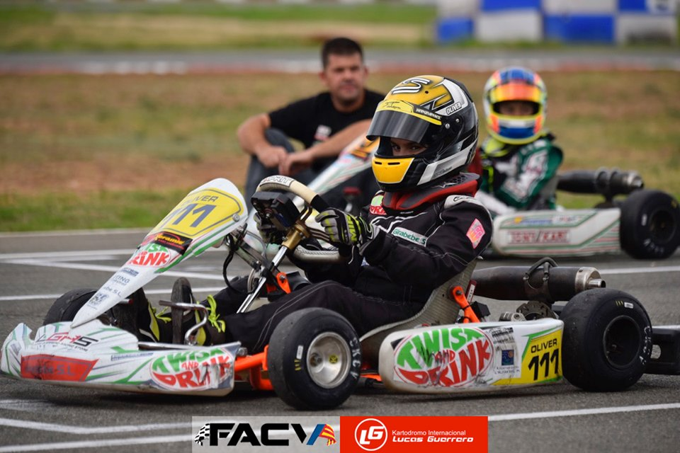 Oliver Claeys Calvente mantiene el tercer puesto de la general en el campeonato territorial del Karts tras la cuarta carrera de la temporada.