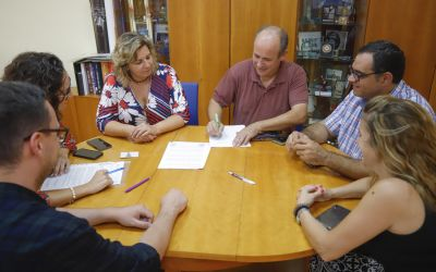 El Ayuntamiento de l'Alfàs renueva su colaboración con Coempa para el impulso del comercio local