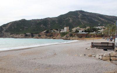 La Concejalía de Playas prepara el protocolo de  apertura de la playa del Albir
