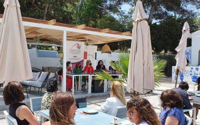 L'Alfàs acoge un evento de networking empresarial en el que participan medio centenar de personas