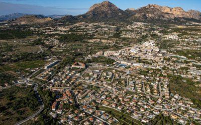 El Ayuntamiento de l'Alfàs aprueba el presupuesto municipal centrado en el desarrollo de la Edusi