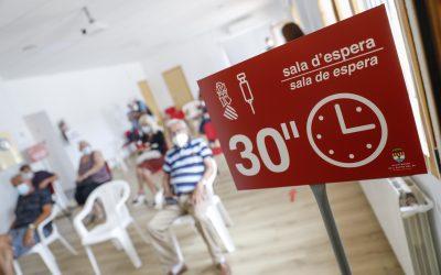 El punto de vacunación del Hogar del Pensionista de l'Alfàs atenderá esta semana a unas 1.600 personas