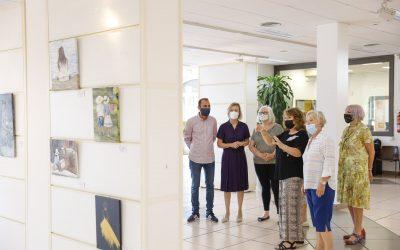 Ya se puede visitar la exposición 'Painting Amigos' en la Casa de Cultura de l'Alfàs