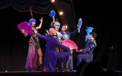 Yllana pone en pie al auditorio de la Casa de Cultura con la obra 'The Ópera Locos'