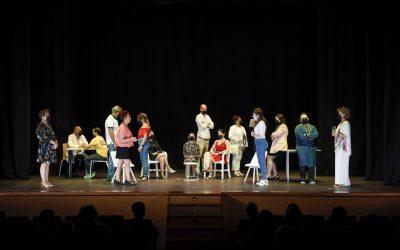 El alumnado del Taller de Teatro de la Casa de Cultura despide el curso subiéndose al escenario
