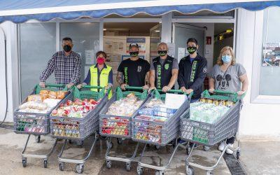 El Club Krav Maga Costa Blanca dona una compra de 400 euros al Voluntariado