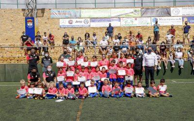 La escuela municipal de fútbol ha celebrado el fin de la temporada con un entrega de diplomas