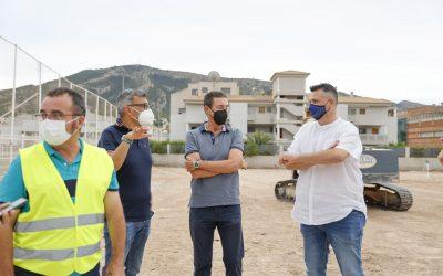 En septiembre finalizarán las obras del nuevo campo de fútbol 8 de césped artificial en l'Albir