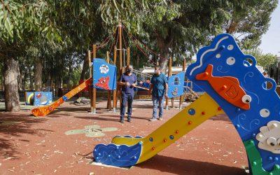 El Ayuntamiento de l'Alfàs remodela el área infantil de juegos del parque municipal de Los Eucaliptos