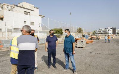 Avanzan a buen ritmo las obras de remodelación del campo de fútbol 11 de l'Albir