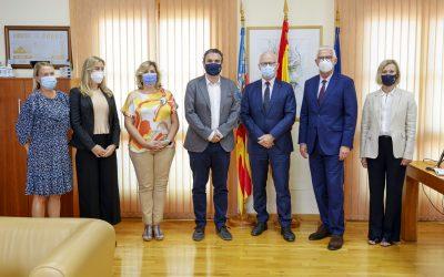 El embajador de Noruega en España visita l'Alfàs del Pi en su primer viaje oficial