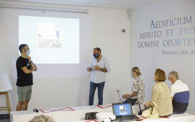 Just I. Sellés presentó en la Villa Romana su último libro 'Diània, paisatges costaners'