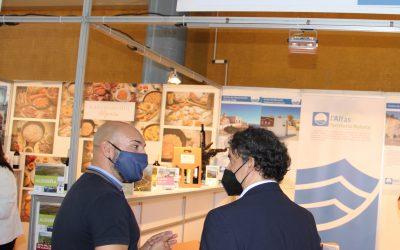 Francesc Colomer, Secretario Autonómico de Turisme visita el Stand de l'Alfàs del Pi en la Feria  Alicante Gastronómica