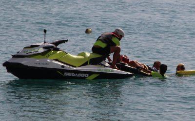 Los servicios de vigilancia de la playa de l'Albir han realizado con éxito el  ejercicio de simulacro programado