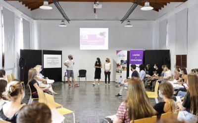 El Espai Cultural Escoles Velles acogió un Foro Jove sobre pornografía y prostitución en Internet